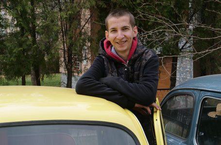 Majstor Mustafa stare automobile pretvara u izvrsne oldtimere