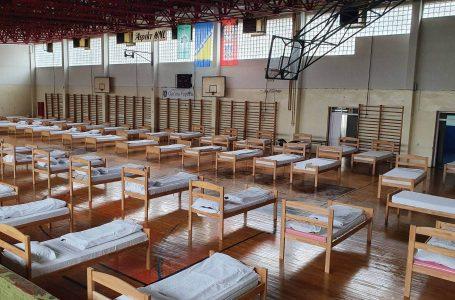 Sportske dvorane se opremaju krevetima za potencijalno oboljele od koronavirusa