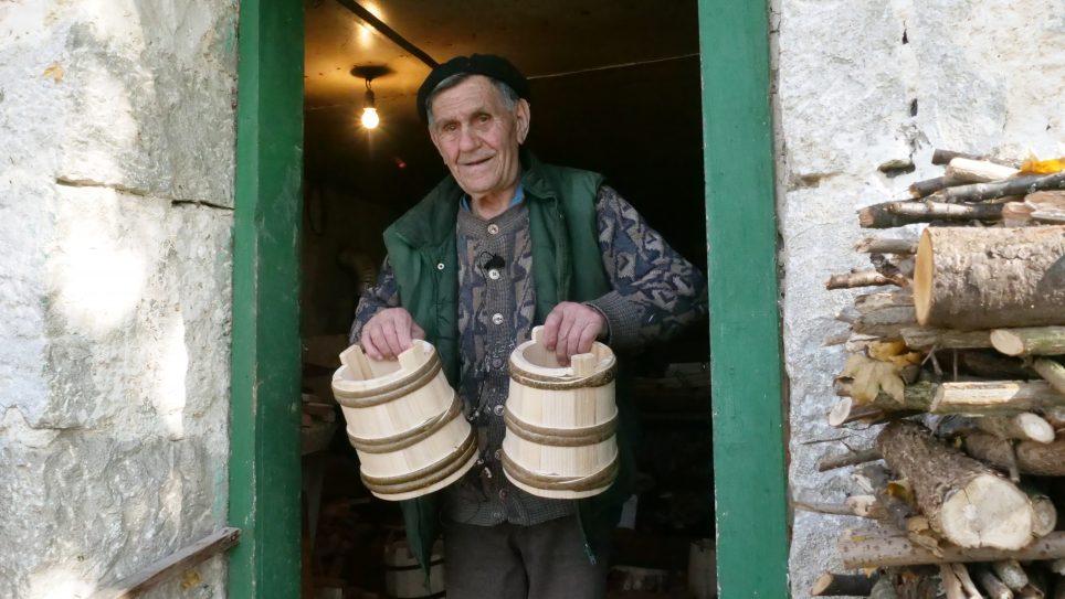 Suljo Vuković na kaćicama za sir zaradio novac i kupio 50 duluma zemlje
