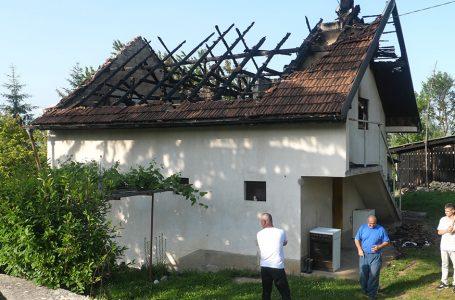 Izgorjela kuća Nikole Ramljaka iz Velikog Mošunja